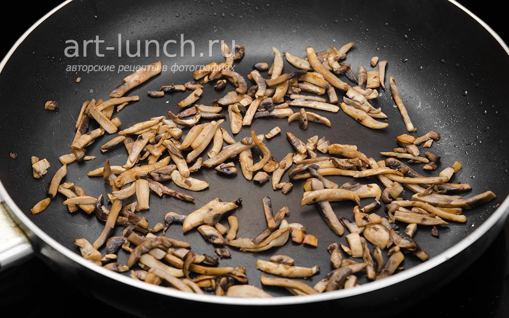 Жюльен с курицей и грибами - пошаговый рецепт с фото