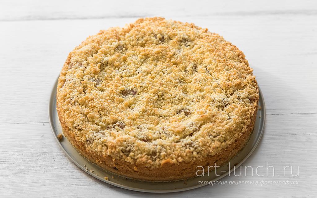 Кокосовый пирог со сливами